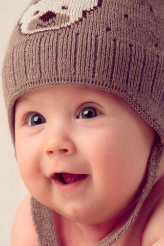 かわいい赤ちゃんハットマフラーキャップiPhoneX壁紙