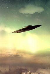 シュールな天空のUFO iPhoneX壁紙