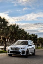 BMW X7 iPhone X/Android壁紙