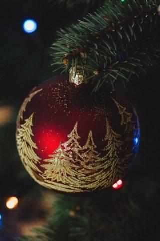 クリスマスツリーデコレーションiPhone 8 Plus/Android壁紙