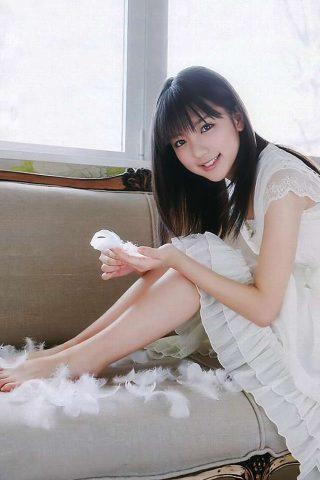 真野恵里菜歌手および女優無料壁紙