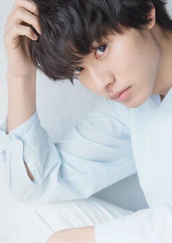 山﨑 賢人iPhone XR壁紙