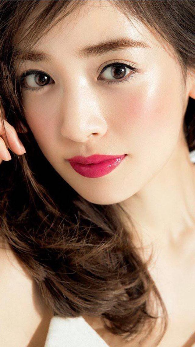 泉里香のモデル、女優、歌手の壁紙
