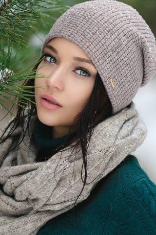 アンジェリーナ・ペトロワの女性モデルのモバイル壁紙