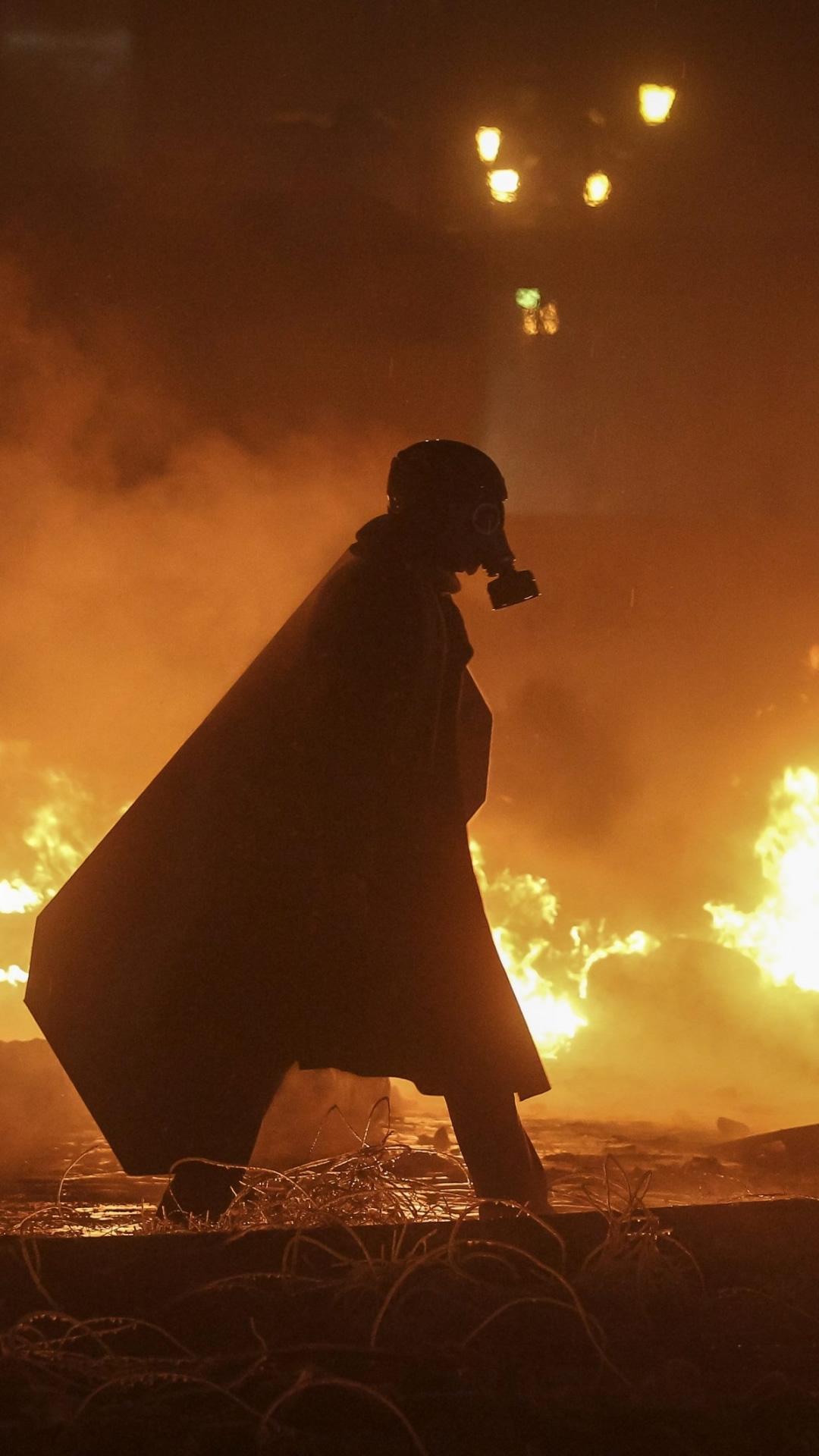 ガスマスクで暴動のスマホ壁紙