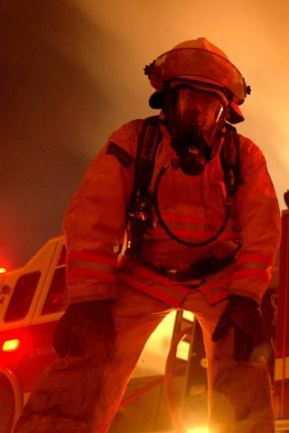 消防士のスマホ壁紙